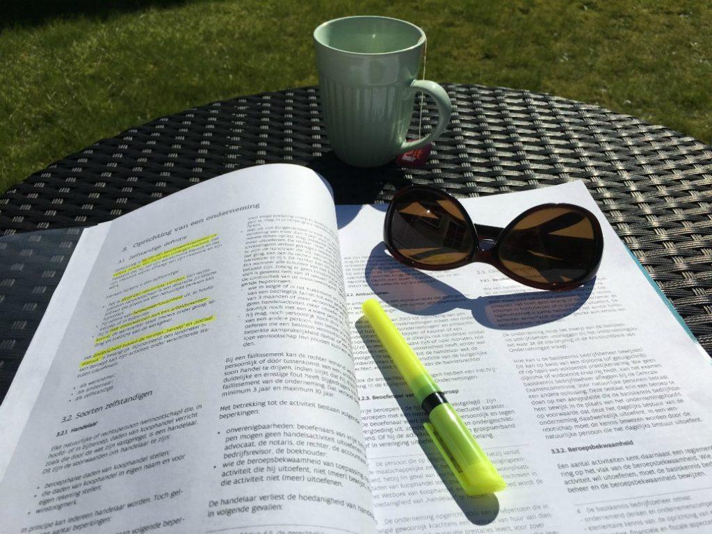 studeren attest bedrijfsbeheer