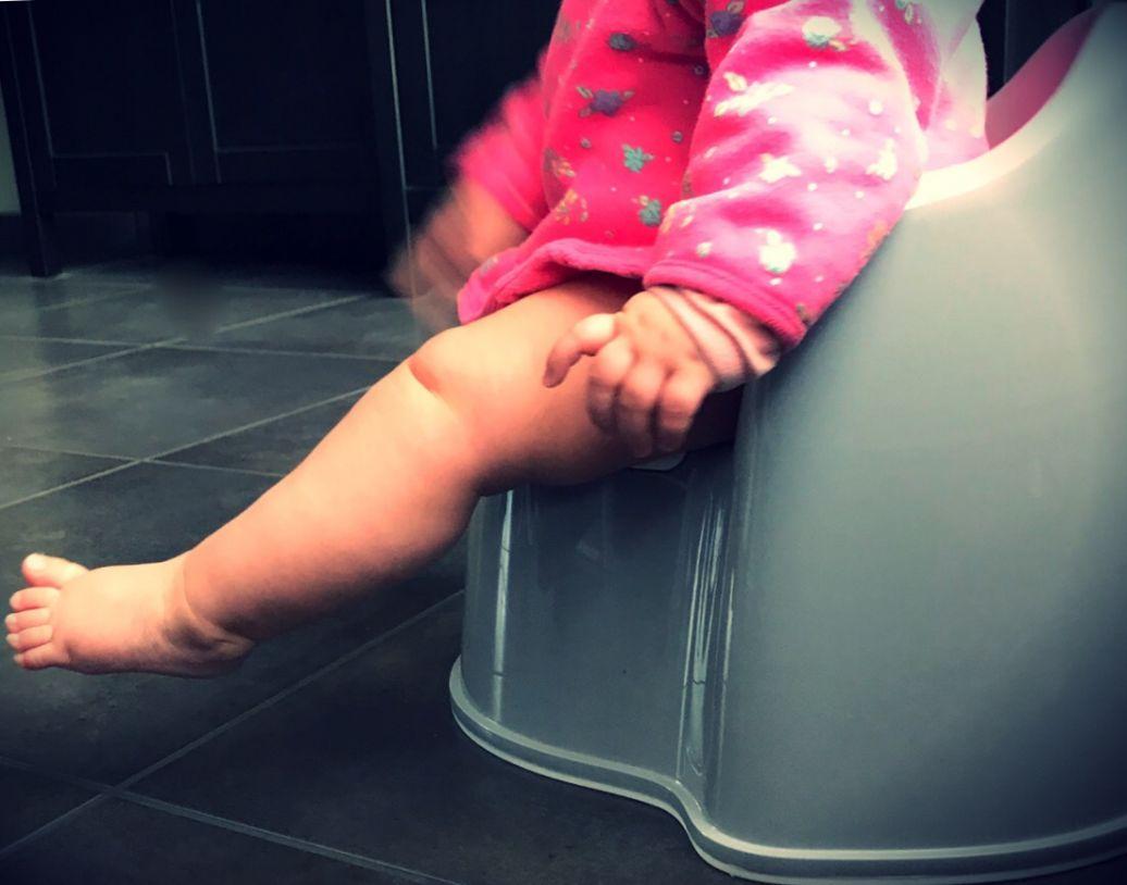 baby op het potje babyzindelijkheidscommunicatie