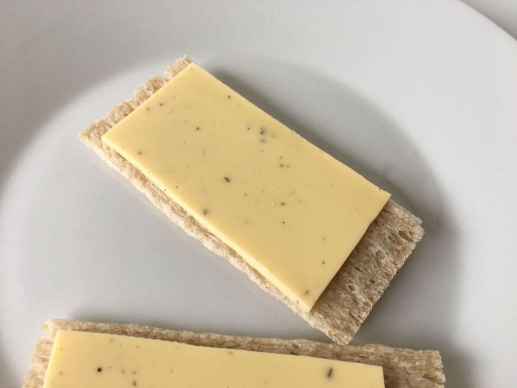 zijn vegan kaasvervangers lekker, wilmersburger kaas