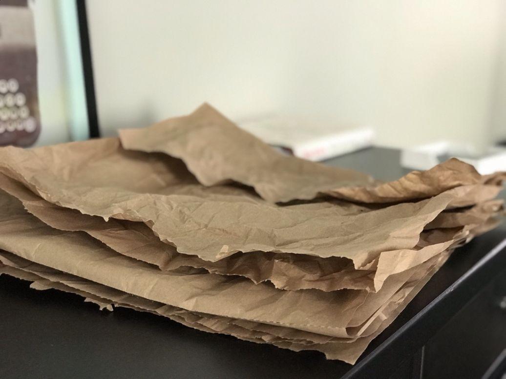 zero waste cadeautjes inpakken met oud papier